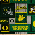NCAA-Oregon 1177 Patch Fleece