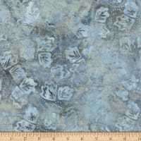 Wilmington Batiks Twirling Leaves Light Gray