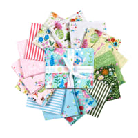 Riley Blake Kindred Spirits Fat Quarter Bundle, 15 Pcs