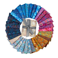 "QT Fabrics Zanzibar 18"" Fat Quarter Bundle Multi 35 pcs"