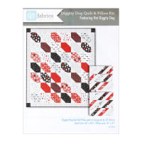 QT Fabrics Hot Diggity Dogs Quilt & Pillows Kit Multi