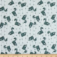 Henry Glass Flannel Furr-Ever Friends Skunk Allover Gray