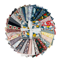 Liberty Fabrics Summer House Fat Quarter Bundle (33 pcs)