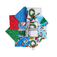 QT Fabrics Frosty Friends Fat Quarter Bundle 8pcs