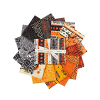 Clothworks Midnight Glow Fat Quarter Pack 15 Pcs Multi