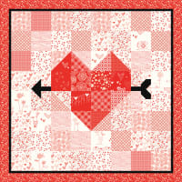 """Riley Blake Arrow Heart 40"""" x 40"""" Quilt and Table Runner Pattern"""