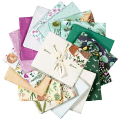 Clothworks Woodland Wander Fat Quarter Pack 17 Pcs