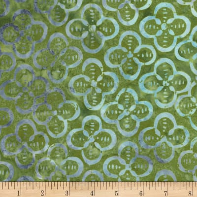 Timeless Treasures Tonga Batiks Bluegrass Quatrefoil Avocado