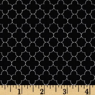 Riley Blake Mini Quatrefoil Black