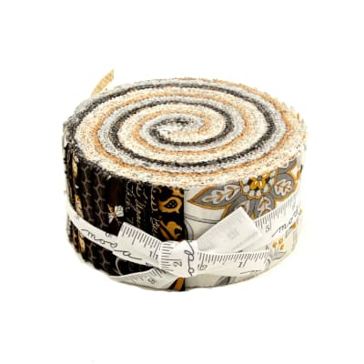 "Moda Bee Creative 2.5"" Jelly Roll"