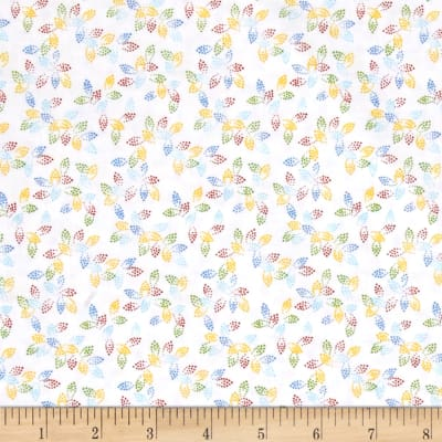 """108"""" Wide Spangle Quilt Back Dotted Leaf White"""