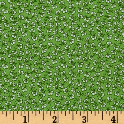 Storybook Flannel Pretty Poppies Green