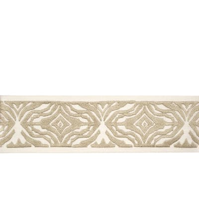 "Fabricut 2.5"" Tiga Trim Natural"