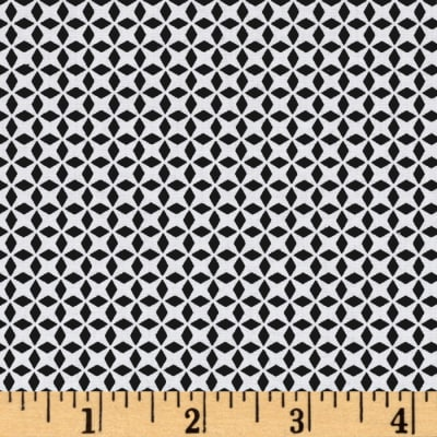 QT Fabrics Patchwork Farms Geo Grid Black