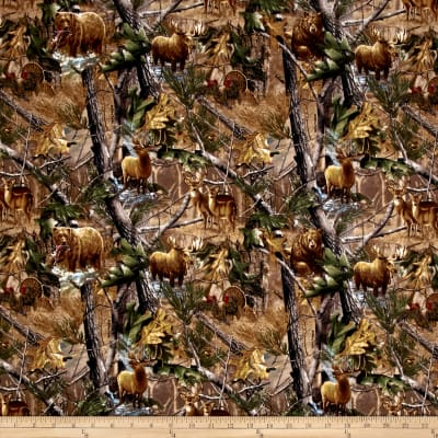 Realtree Animals in Forest Flannel Allover