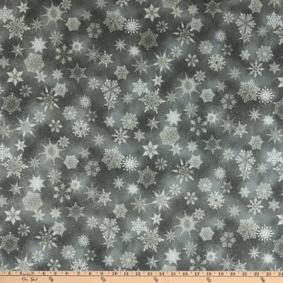 Kaufman Winter's Grandeur Metallic 7 Snowflakes Winter
