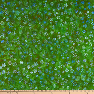 Anthology Batiks Lavender Fields Happy Daisy Clover