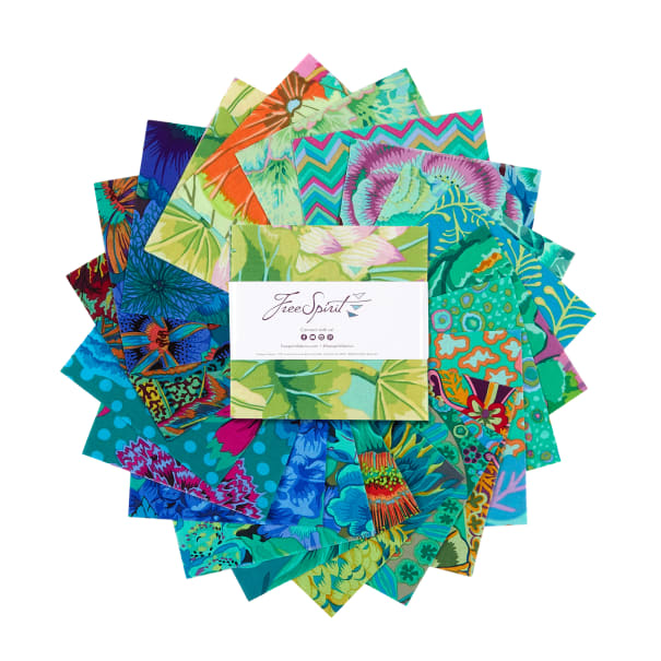 """EXCLUSIVE Kaffe Fassett Collective 5"""" Charm Pack 42 pcs Green"""