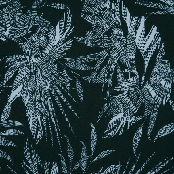 Fabtrends Washer Ghost Feather Floral Black Ivory