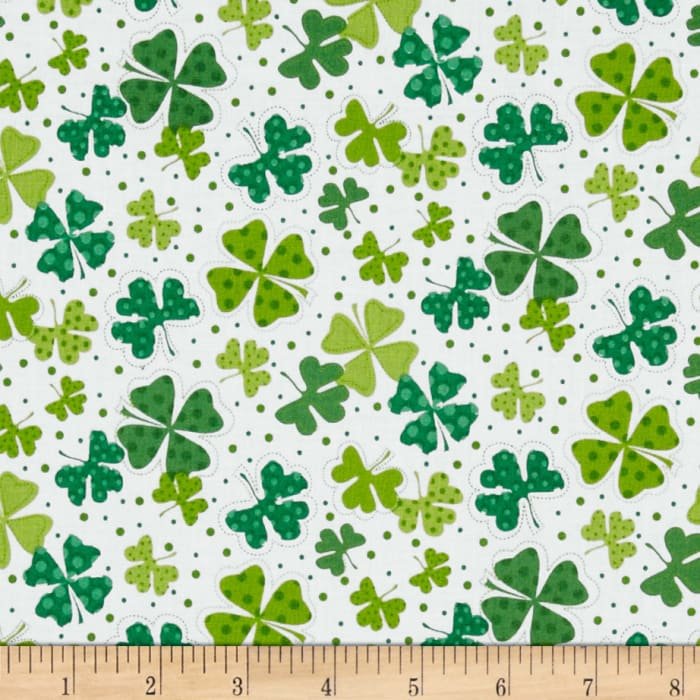 Timeless Treasures Tossed Shamrocks White