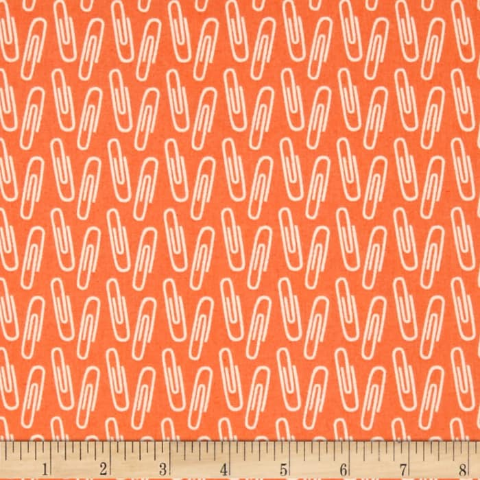 Type Paperclips Orange