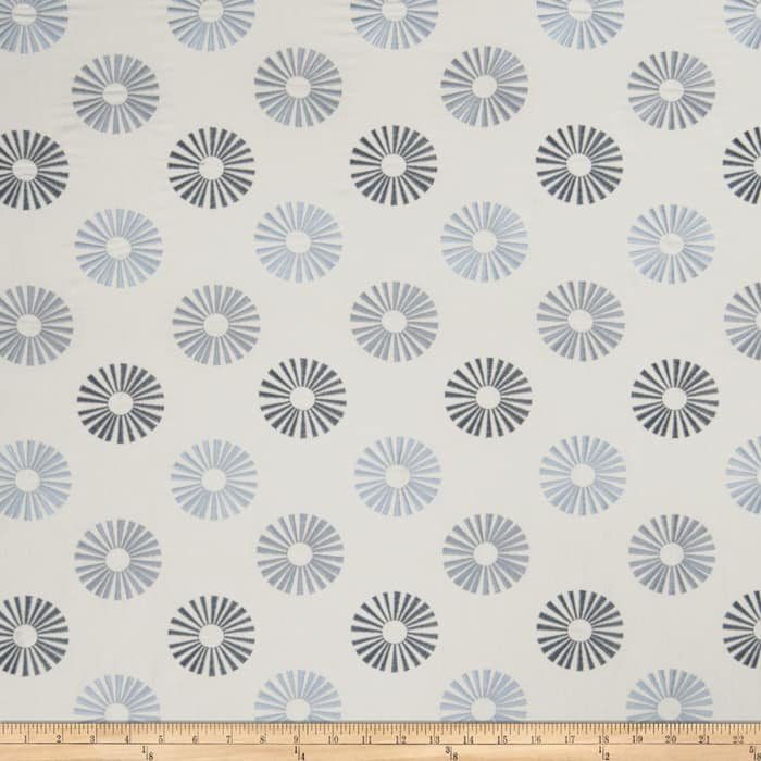 Jaclyn Smith 02619 Embroidered Linen Chambray